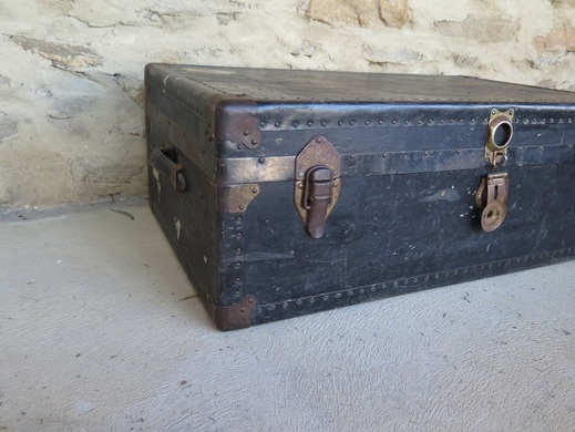 Vintage trunk for hire in Adelaide